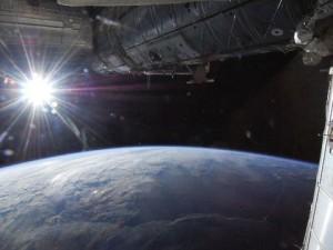 Сегодня Земля наиболее удалена от Солнца в 2013 году
