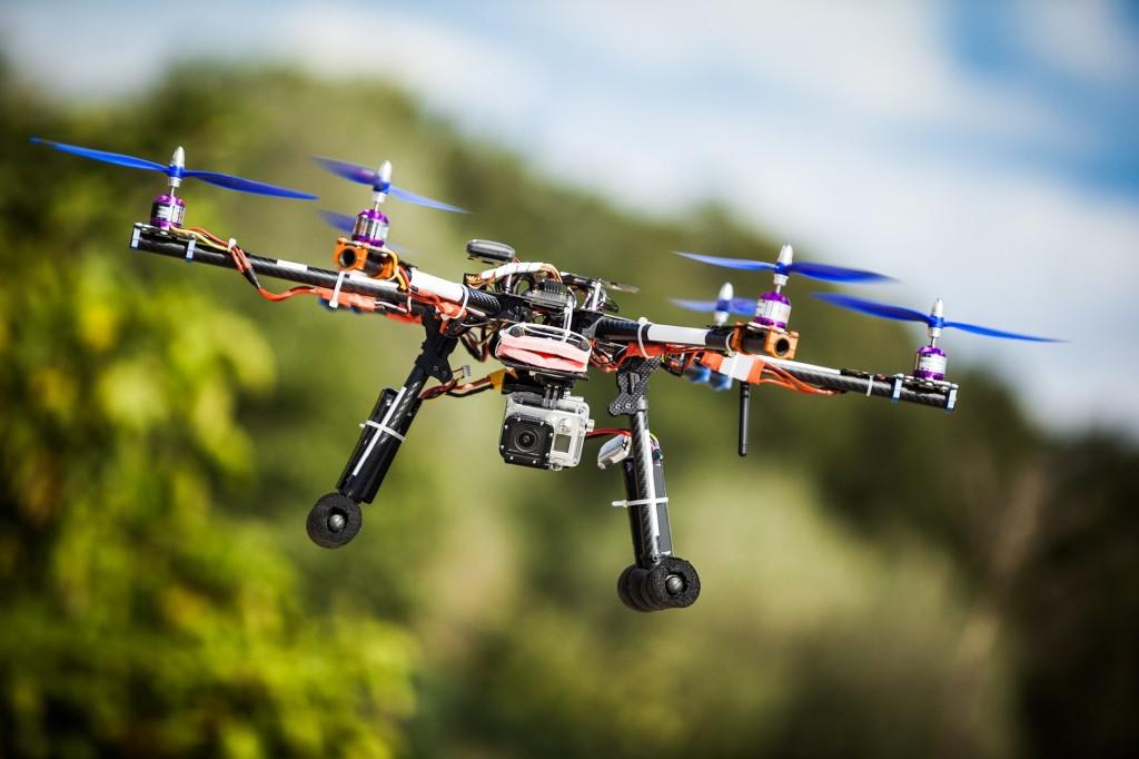 1442834389_drone1_7
