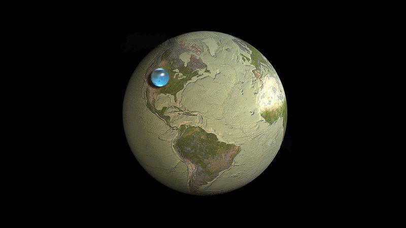 Эта картинка показывает размер шара, который содержал бы все воды Земли по сравнению с размером самой Земли.